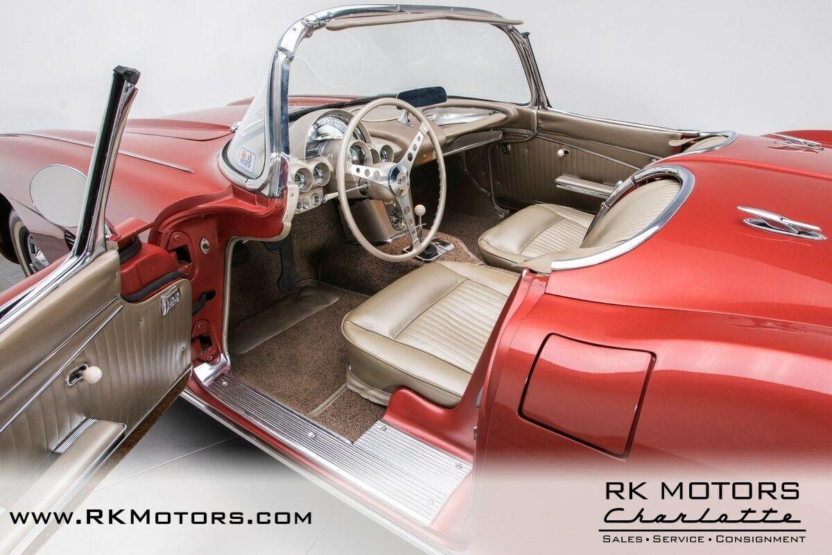 1962 Honduras Maroon Chevrolet Corvette   | C1 Corvette Photo 3