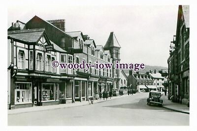 rt0191 - Frogmore Street , Abergavenny , Monmouthshire , Wales - photograph
