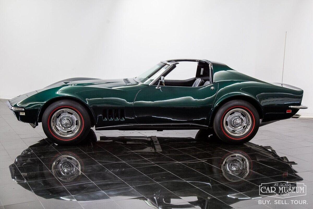 1968 Green Chevrolet Corvette     C3 Corvette Photo 3