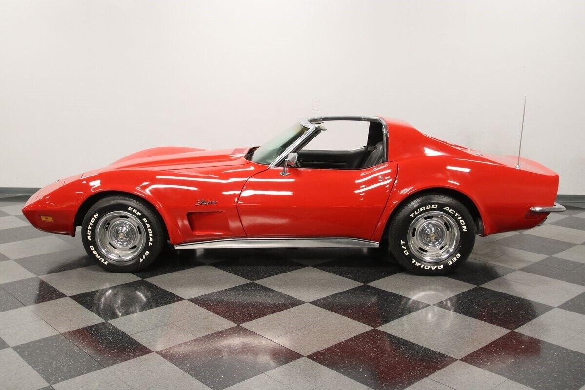 1971 Red Chevrolet Corvette   | C3 Corvette Photo 8