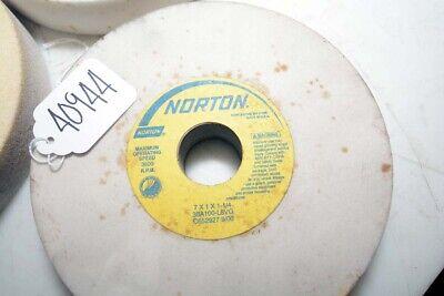 3 Norton Grinding Wheels Inv.40944