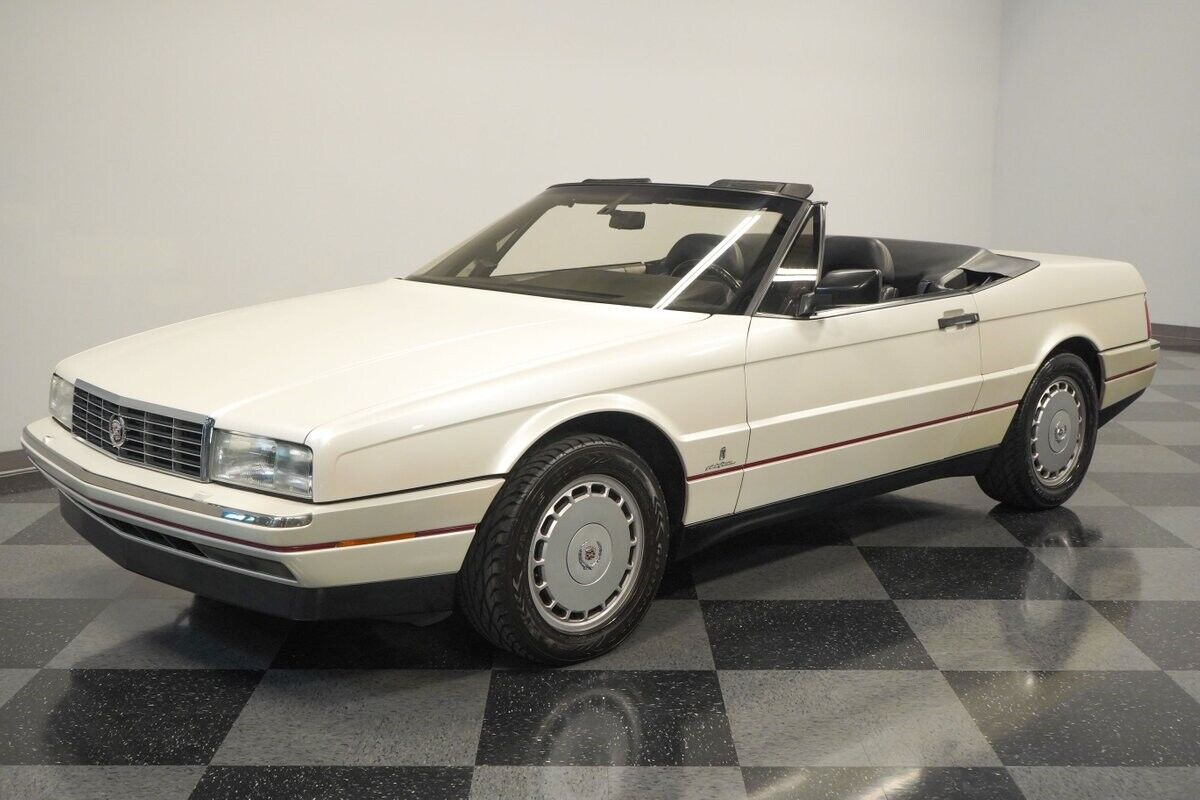V8 Auto Classic Vintage Collector Caddy Original Factory White Droptop