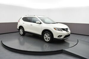 2015 Nissan Rogue SV AWD 7PASSENGER, NAVIGATION, SUNROOF AND SO