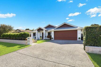 House For Sale in Parklakes Estate Bli Bli