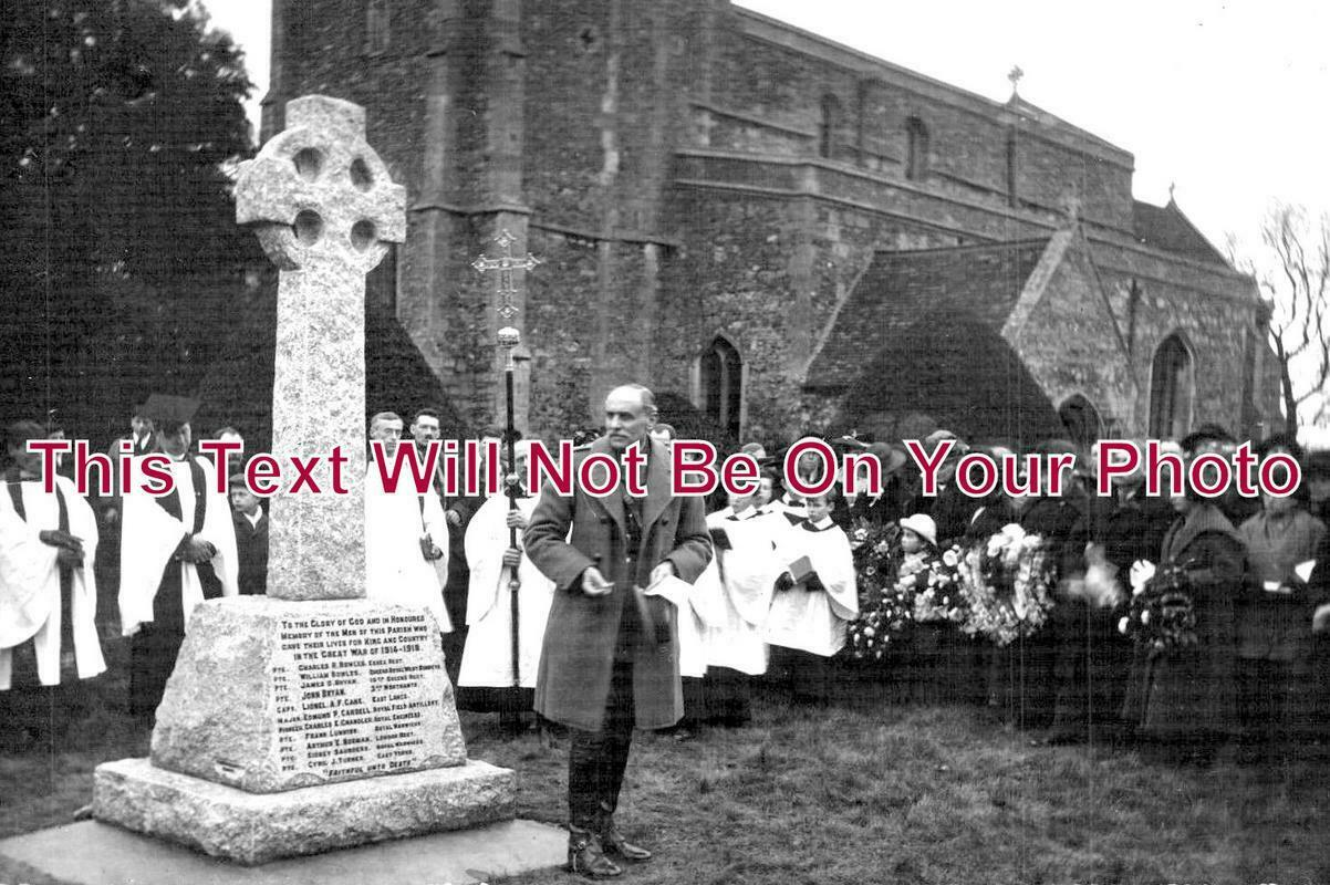 HU 132 - Great Paxton War Memorial Ceremony, Cambridgeshire
