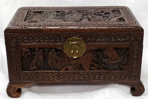 VINTAGE CHINESE ORIENTAL CAMPHOR CARVED WOOD BOX FAT CHOI SAMPY CHEST OF WEALTH