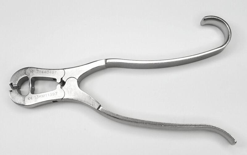 "Smith & Nephew 71440491 Orthopedic Universal Pin Puller 7"""