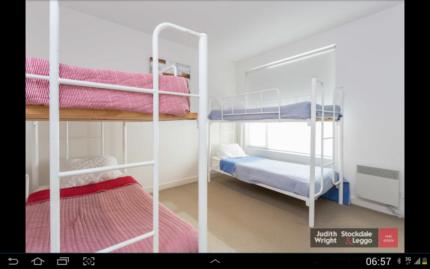 Bunk beds x4