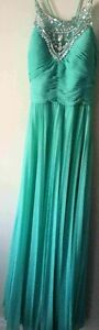 PROM DRESSS, WEDDING DRESS, OR ANY FORMAL DRESS-TURQUOISE SIZE 6