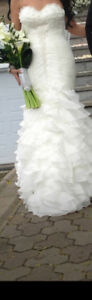Beautiful wedding dress for sale!