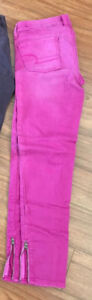 AE jeggings size 4 brand new!