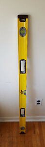 Stanley Fat Max Level 4 Feet Long (Excellent Condition)