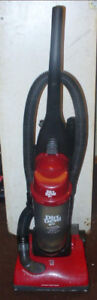 upright vacuum's 25 each, dirt Devil, Bissell And eurka. Working