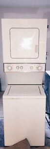 Whirlpool Washer/Dryer Stacked