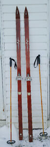 200.$ AUTHENTIQUE SKIS DE FOND EN BOIS