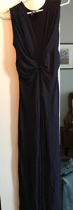 Formal dress navy by Seraphine size 4