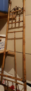 Antique Bamboo Easel Display Art Retail