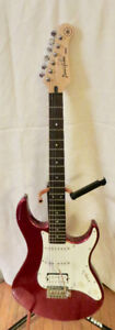 YAMAHA PACIFICA ELECTRIC GUITAR with CASE - LIKE NEW