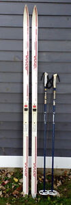 Cross Country Skis 180cm and Poles Cornwall Ontario image 1