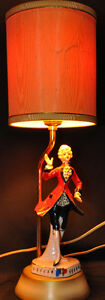 Vintage porcelaine man and lady lamps Kitchener / Waterloo Kitchener Area image 3