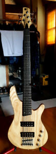 Moving must sell Ibanez SRX355 5 string bass mint condition