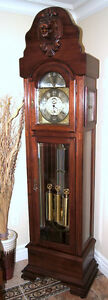 Grandfather Clock, Classical Westminster Chimes.