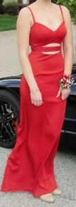 Gorgeous Red Formal Gown Windsor Region Ontario image 3