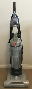 Hoover WindTunnel T-Series Bagless Upright