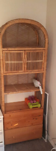 Pine wicker & wooden shelf