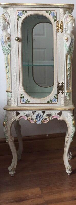 Curio cabinet Art Deco style