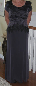 Spectacular Mother of the Bride/Groom Dress