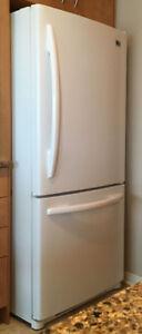 Réfrigérateur blanc 20 pc