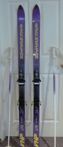 Ladies Downhill Skis - used