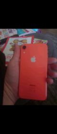 iPhone xr 64gb unlocked mint condition swap Samsung s 10 or sell
