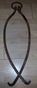 c1800s ANTIQUE CAST IRON HAY HOOKS FARM COUNTRY RUSTIC