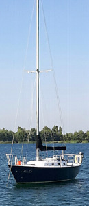 30 ft steel hulled sailboat