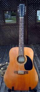 Guitare acoustique Norman B-50/12 cordes de 1973. Une vraie!