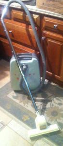Singer Rare Vintage 1950's Vacuum Works Better Than Any !