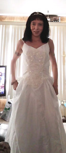 Wedding dress, head band and vail