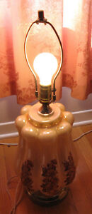 Large Tri-lite table lamp no lampshade Gatineau Ottawa / Gatineau Area image 2