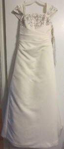 Size 12 Wedding Dress wth Silver Embroidery