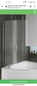 Curved glass bath screen