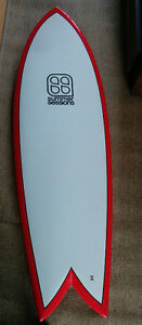 Surf 5'8'' - Planche fish-tail