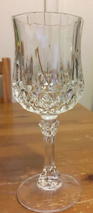 Crystal wine glassware