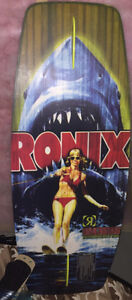 Ronix Behind you bra Wakeskate never used MINT
