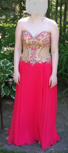 BEAUTIFUL PROM DRESS FOR SALE