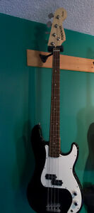 Black Fender Starcaster bass guitar (brand-new)