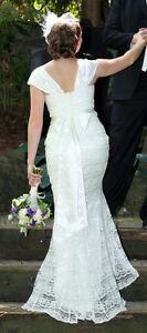 Ivory Satin and Lace Wedding Dress & Bolero Kitchener / Waterloo Kitchener Area image 8