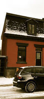 RENEWED TOWNHOUSE, 6 BEDROOMS,2.5 BATHROOMS,10 MIN FROM MCGILL
