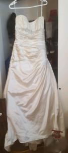 Maggie Sattero size 14 wedding dress